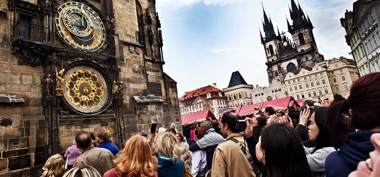 Туризм в Чехии : статистика 1 квартала 2017 года