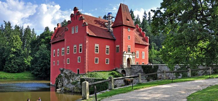 Средневековый замок Червена-Льгота, Южная Чехия