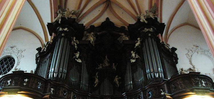 varhany-kostel