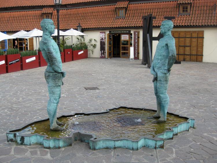 skulpturi-praha-3