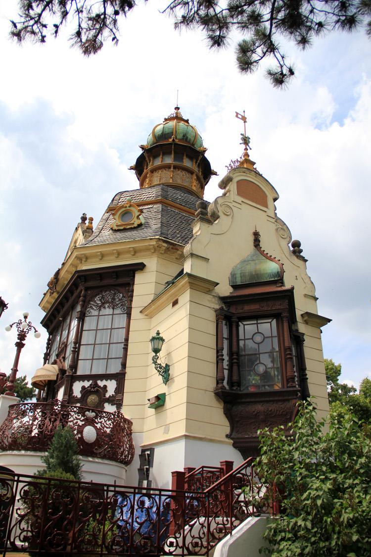 hanavsky-pavilion-1